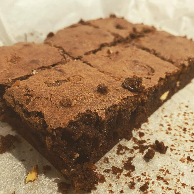 Melbourne is well and truly out of lockdown with ten days of zero covid cases! Celebrate with a half price Lockdown Chocdown box while stocks last! Fingers crossed we won't be making any more.   Contains ingredients for choc brownies, choc chip biscuits and self saucing choc pudding.  #baking #bakingwithkids #brownies #lockdown #chocolate #chocdown #halfprice #bargain